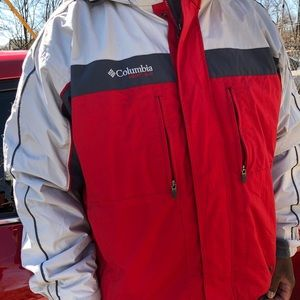 Columbia double jacket/removable in her lining